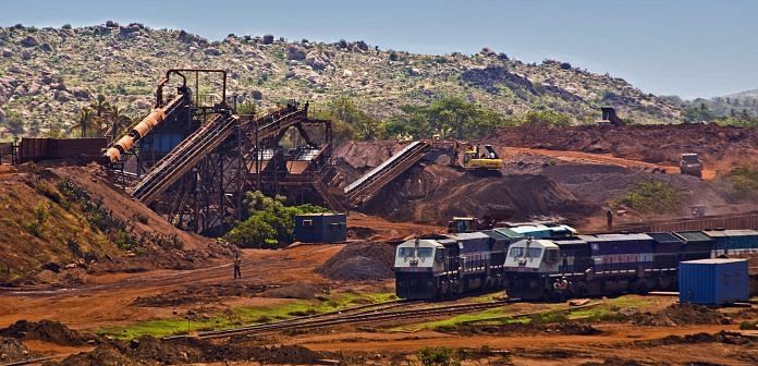 Heavy mining activities in Karnataka | Marco BULGARELLI/Gamma-Rapho via Getty Images