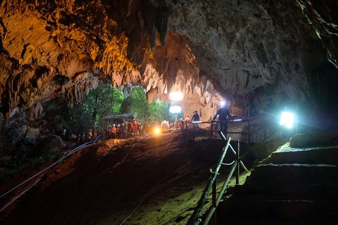 Rescuers install a water pump inside Tham Luang Nang Non cave on June 28, in Thailand   Linh Pham/Getty Images