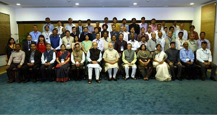 Officers of Indian Revenue Service with PM Modi & Arun Jaitley | Facebook/IRS