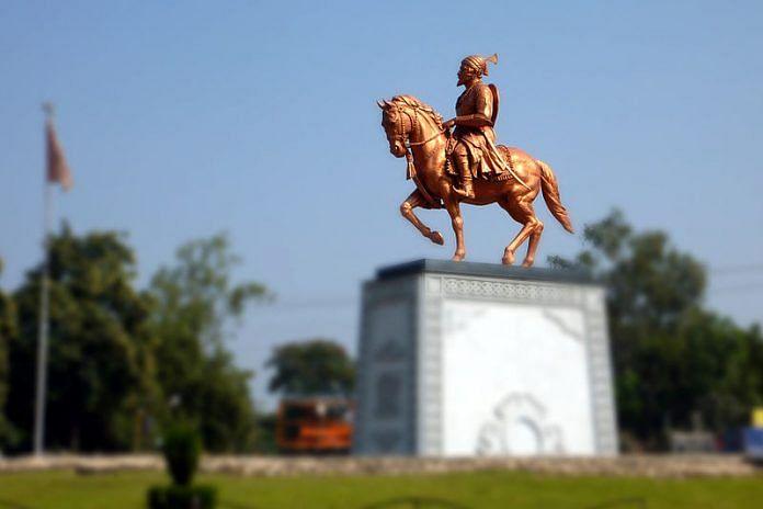 A statue of Chhatrapati Shivaji | Commons