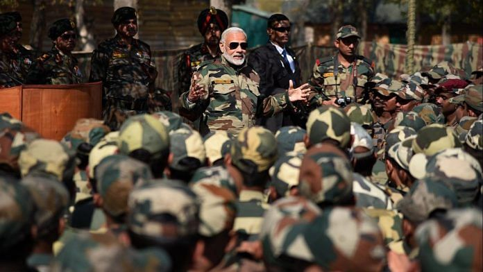 PM Modi with Army and BSF Jawans in Kashmir in 2017 | @narendramodi/Twitter