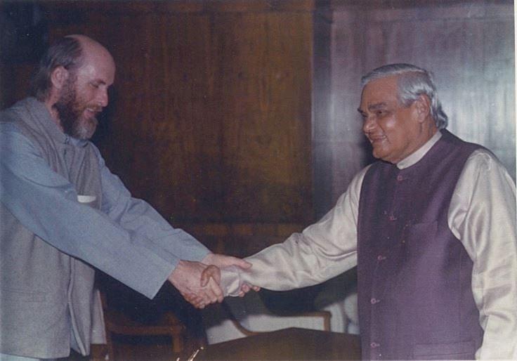 David Frawley with Atal Bihari Vajpayee, 2000 | drdavidfrawley/Facebook