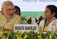 Prime Minister Narendra Modi and West Bengal CM Mamata Banerjee | Ashok Nath Dey/Hindustan Times via Getty Images