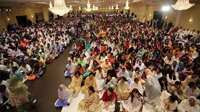 A Nirankari congregation