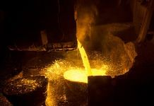 Molten steel is poured at a factory in Haryana | Udit Kulshrestha/Bloomberg