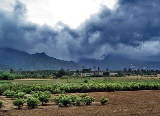 Clouds gather as the Indian monsoons start   Wikimedia Commons