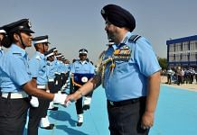 Air Chief Marshal B.S. Dhanoa meets Flight Cadets | ANI File Photo