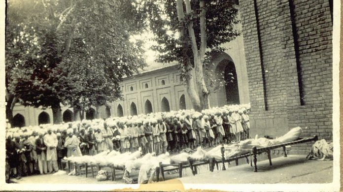 Old photo of the day many Kashmiris lost their lives in protest. | @MirwaizKashmir | Twitter