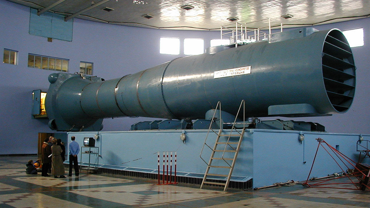 Centrifuge at the Yuri Gagarin Cosmonaut Training Center in Russia, capable of delivering loads up to 31g