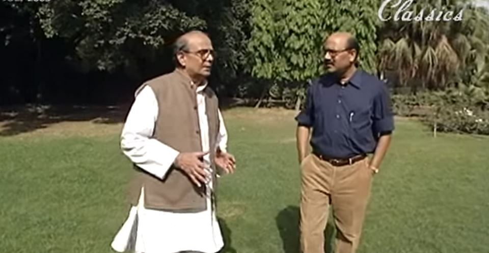 V.P. Singh with Shekhar Gupta during Walk The Talk | Screengrab from video