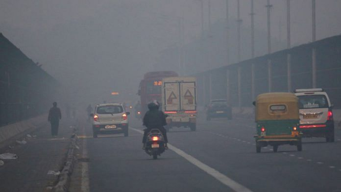 Toxi smog engulfed Delhi Thursday | Photo: Suraj Singh Bisht | ThePrint
