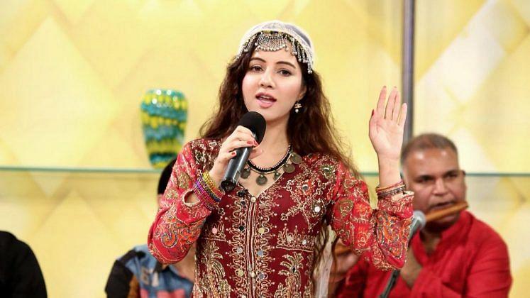 Pak Singer Rabi Pirzada Who Threatened PM Modi Quits