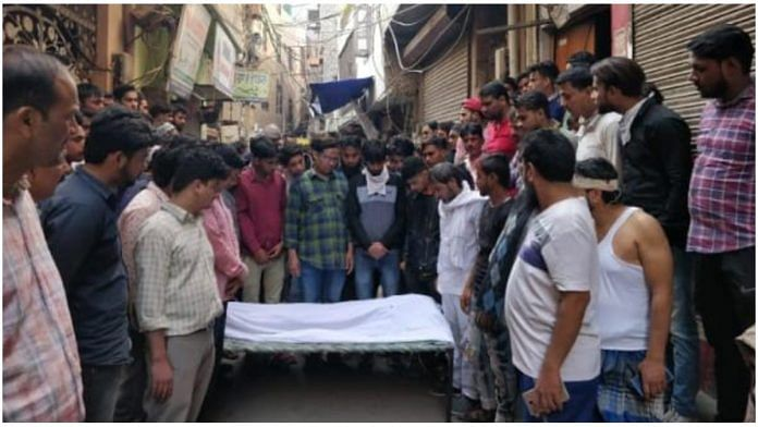 28-year-old Mubarak Hussain's body at Babarpur, New Delhi