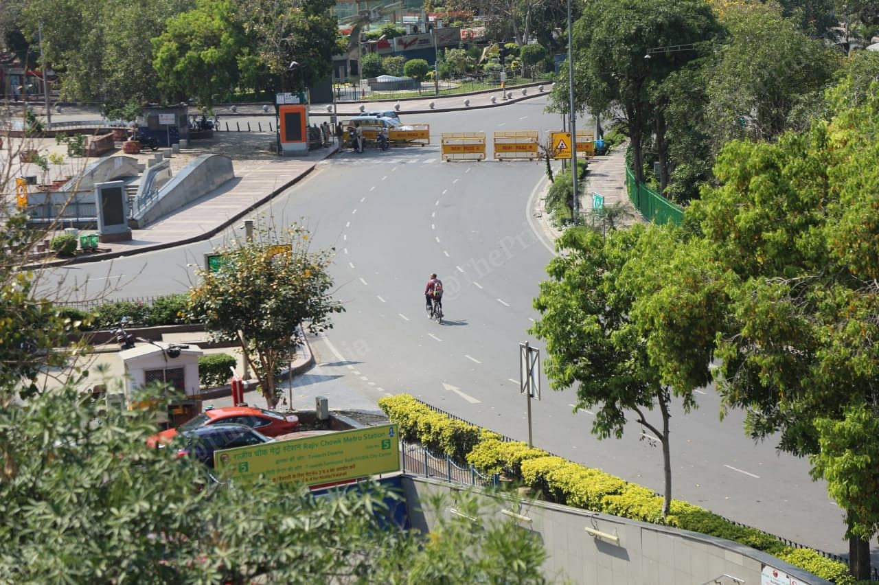 The empty inner circle of Connaught place | Photo: Manisha Mondal | The Print