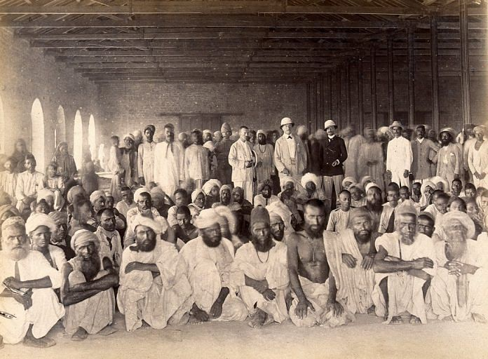 A quarantined area during the bubonic plague outbreak, Karachi, 1897. | Wellcome Library archive collection