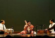 Indian classical music performance | Wikimedia Commons