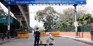 Police enforcing the nationwide lockdown in Delhi's Kashmere Gate   Photo: Praveen Jain   ThePrint