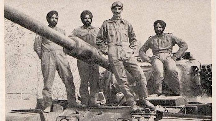 File photo | Lt Gen. Hanut Singh (centre) in the 1971 war | AGDPI | Facebook