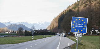 A European Union (EU) border sign on a road on Germany's border with Austria | Photo: Michaela Handrek-Rehle | Bloomberg