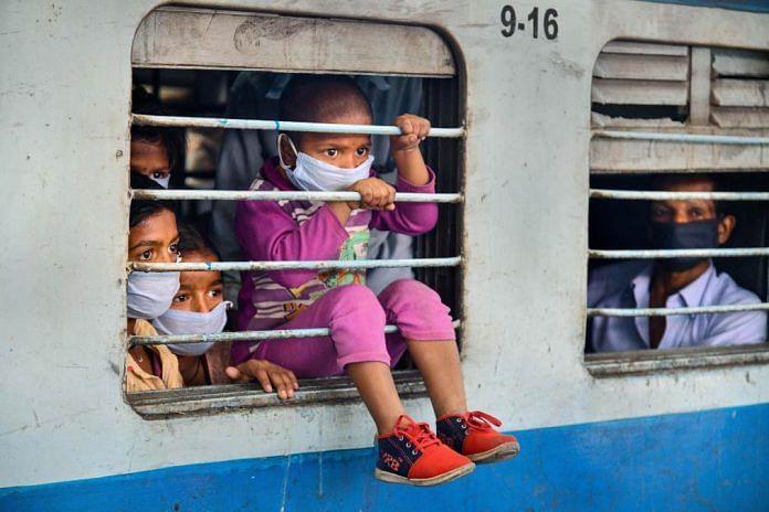 Migrants leave for Bihar from Uttarakhand | Representational image | PTI