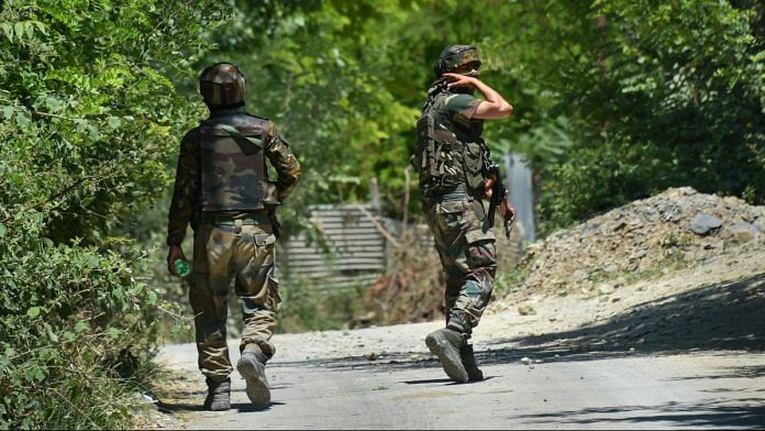 Army personnel during an encounter with militants at Pampore in Pulwama district of south Kashmir, Thursday.| PTI