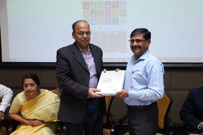Karnataka Chief Secretary Vijay Bhaskar (left) at an UNDP event | Photo: @UNDP_India