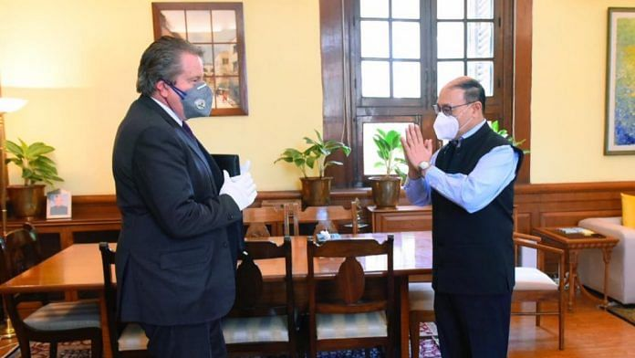 Foreign Secretary Harsh Vardhan Shringlat with Ambassador Nikolay Kudashev | Twitter