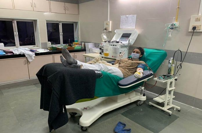 Actress Zoa Morani donates plasma | @zoamorani | Twitter