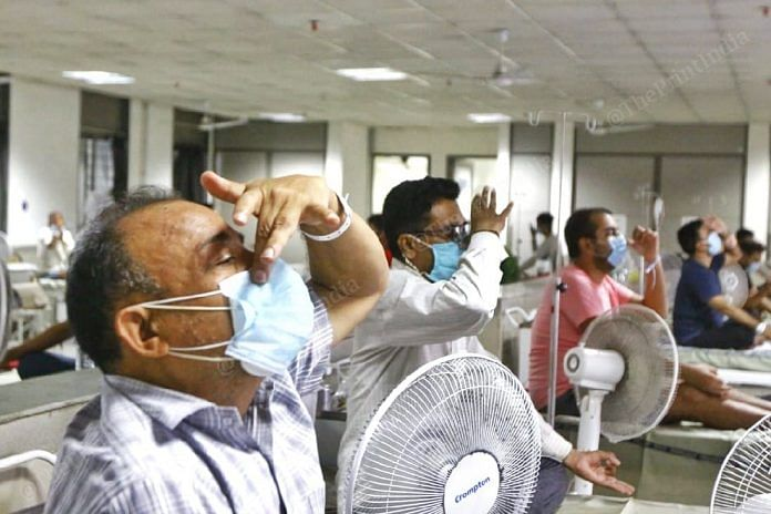 Patients recovering from Covid-19 practice deep breathing (Representative image)