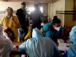Residents of Mumbai undergoing Covid-19 screening and antigen testing | Photo: ANI