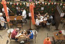 Diners at a restaurant in London, UK | Representational image | Bloomberg