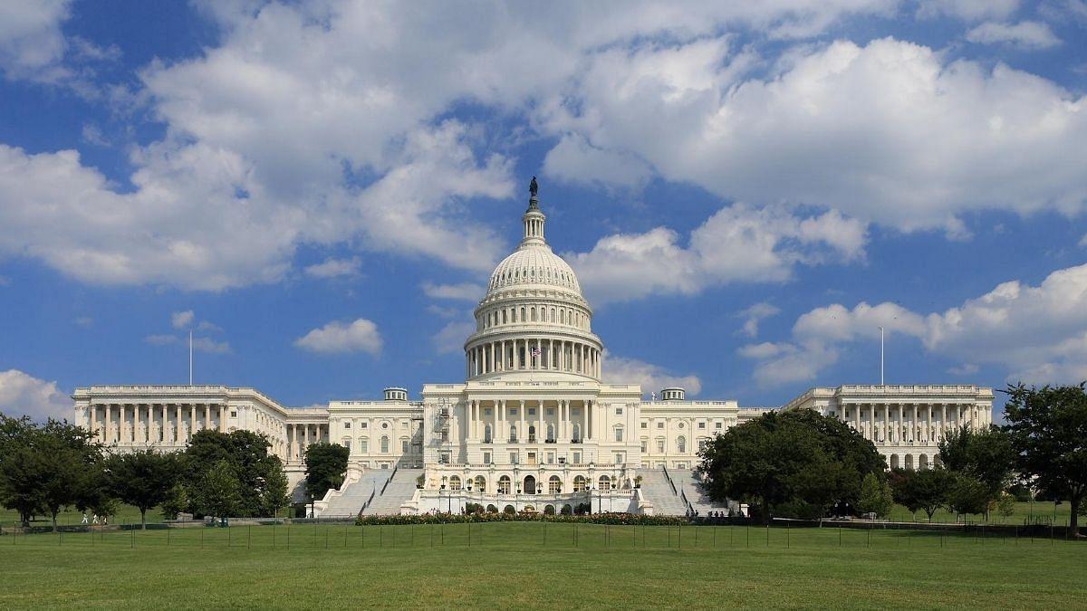 US Democrats reintroduce legislation to prevent future Muslim bans, prohibit discrimination
