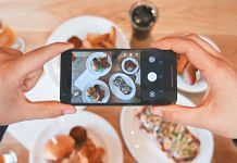 Posting pictures of food on social media | PxHere