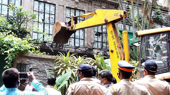 Brihanmumbai Municipal Corporation (BMC) officials carry out demolition at Kangana Ranaut's office in Mumbai on 8 September | ANI