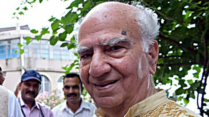 Veteran BJP leader and former Himachal CM Shanta Kumar had headed a committee on agriculture reforms in 2014-15 | File photo: ANI