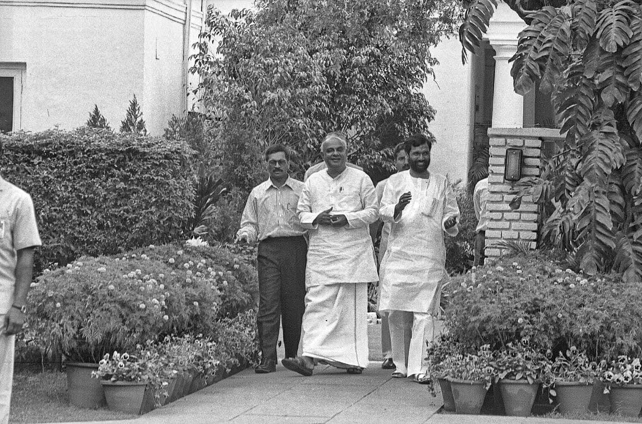 Ram Vilas Paswan with former PM H. D. Deve Gowda | Photo: Praveen Jain