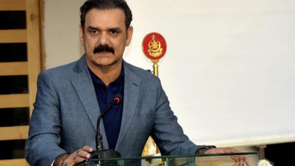 I, Asim Bajwa, may have quit, but don't forget I still head Cheese Pizza Economic Corridor
