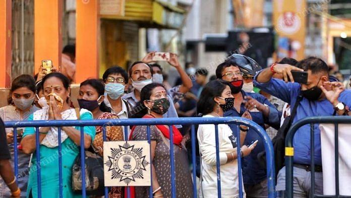 A crowd gathered outside a Durga Puja pandal in Kolkata | Representational image | Manisha Mondal | ThePrint