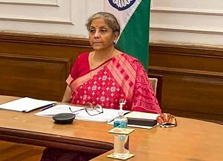 Finance Minister Nirmala Sitharaman interacts with Lance Uggla, Chairman & CEO-IHS Markit, at the 4th Annual India Energy Forum by CERA Week   PTI