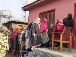 ITBP personnel securing polling booths during the first phase of District Development Council elections in Bandipora, Jammu and Kashmir | Twitter | @ITBP_official