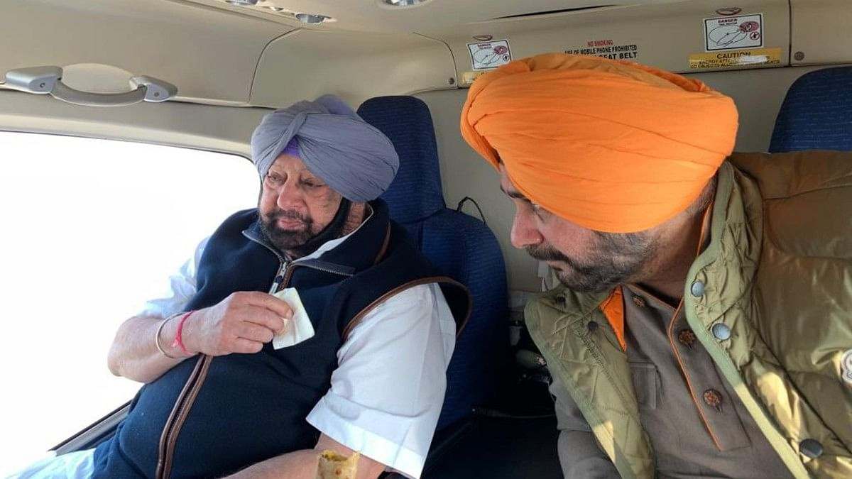 Amarinder, Sidhu bury hatchet over lunch, cricketer could be set to return as Punjab minister