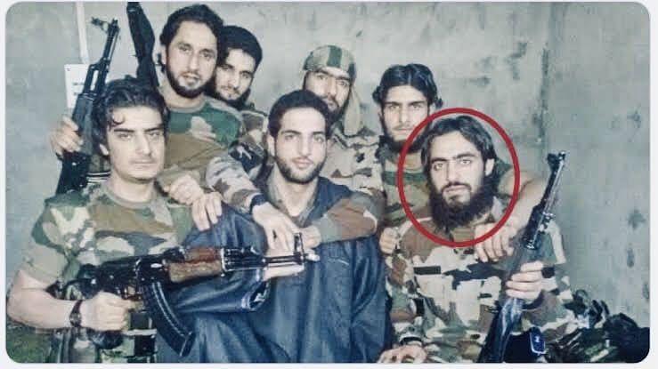 Saifullah (circled) in the viral pic of Burhan Wani (black coat) | By special arrangement