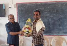 Ranjitsinh Disale (right) is a teacher in Maharashtra's Solapur district | Twitter: @ranjitdisale