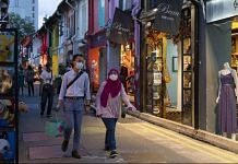 Shoppers in the Arab Street area of Singapore. | Photographer: Wei Leng Tay | Bloomberg