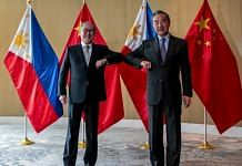 Chinese Foreign Minister Wang Yi with Filipino counterpart Teodoro Locsin in Manila on 16 January, 2021 | Twitter/@ChinaObserver