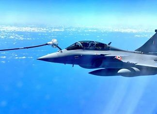 A Rafale fighter jet of the IAF getting refuelled mid-air | File image | Credit: IAF