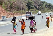 Migrant workers walk along National Highway 8 toward Jalgaon district of Maharashtra in May, 2020 (Representational Image) | ANI