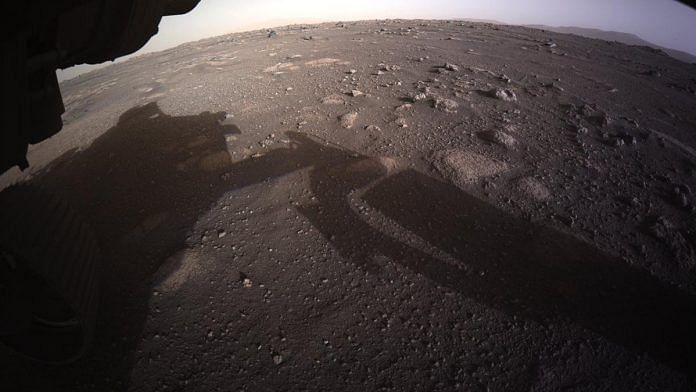 An image of Mars captured by the rover Perseverance | @NASAPersevere