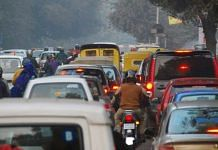 Cars stuck in a traffic (Representational Image)   Flickr