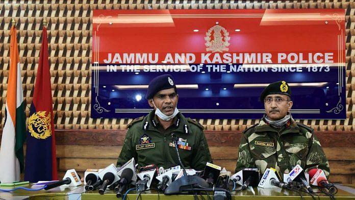 Jammu and Kashmir IGP Vijay Kumar (Kashmir Zone) and General Commanding Officer Rashim Bali at a press conference, in Srinagar on 22 March 2021 | ANI